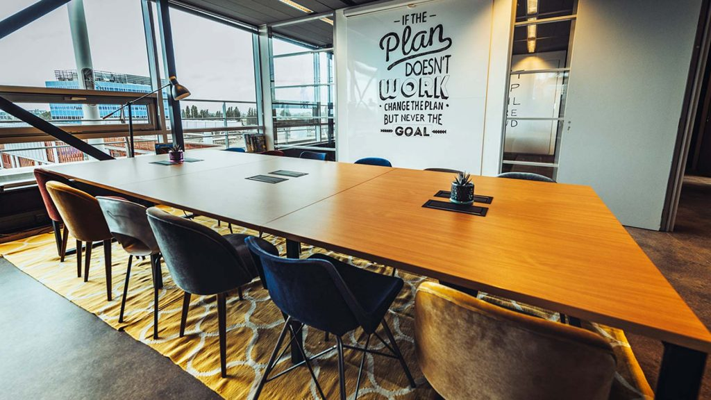 Ultimate Guide on Coworking: Benefits, Advantages & Disadvantages! 8