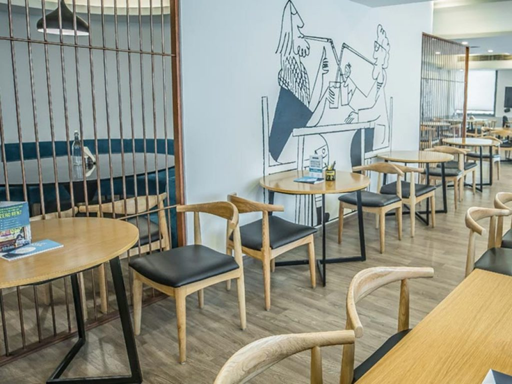 Oyo Townhouse Cafe Curryhut Coworking Space in Noida